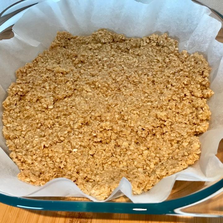 Erdnussriegel vegan Rezept zuckerfrei Schnitten Riegel Müsliriegel Erdnuss Haferflocken vegan